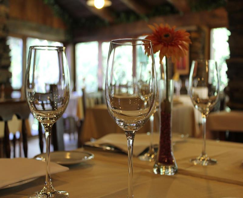 Mesa Santa Comba Restaurante